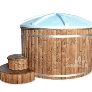 Wooden hot tub from Sauneco